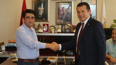 CHP'li Özyiğit'ten AK Parti ve HDP'ye Ziyaret