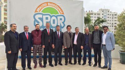 Mersin İdman Yurdu Yönetiminden Neşet Tarhan'a Teşekkür Ziyareti