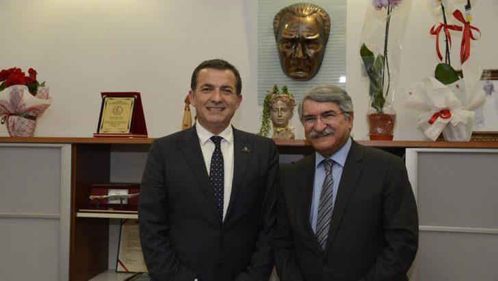 Fikri Sağlar'dan Başkan Özyiğit'e Ziyaret