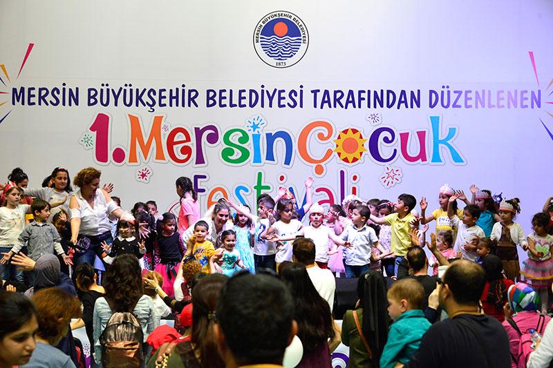 1. Mersin Çocuk Festivalinde 23 Nisan Çoşkusu