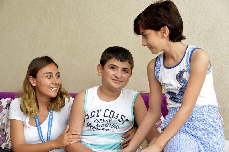 Büyükşehir Belediyesi Otizmli Çocukları Nevşehir'e Götürdü